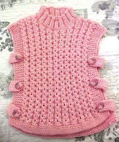 Crochet Baby Poncho, Baby Cardigan Knitting Pattern Free, Poncho Knitting Patterns, Baby Girl Crochet, Knit Crochet, Knitted Baby Clothes, Crochet Clothes, Knitting For Kids, Baby Knitting