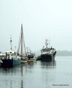 A hazy day in the harbor.  Tåke på Høllefjorden. #høllenbrygge #høllen #søgne #sørlandet #sørlivet #visitsørlandet #kristiansand #visitkristiansand #kristiansandavis #fvn #nrksørlandet #visitnorway #båthavn #seilbåt #sailboat #brygge #seaside #harbour #havn #fishingboat #mist by frank.ingebrethsen