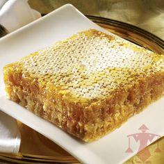 Wabenhonig ist nicht nur eine Delikatesse, sondern auch die ursprünglichste Form von Honig.