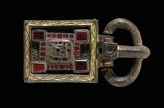 A VISIGOTHIC GILT BRONZE AND GARNET BELT BUCKLE              Lot 479: circa 6th - 7th century A.D.