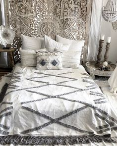 Brief Article Teaches You the Ins and Outs of Bedroom Moroccan Wall Stencil - Pecansthomedecor Bohemian Bedroom Decor, Cozy Bedroom, Modern Bedroom, White Bedroom, Moroccan Wall Stencils, Master Bedroom Design, Bedroom Designs, Bedroom Ideas, Decorating On A Budget