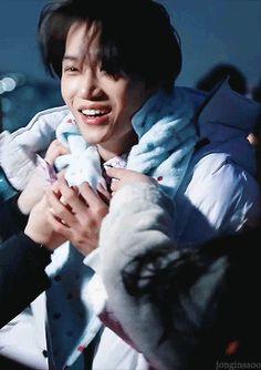 Pull Me Back To Real Life! — jonginssoo: happy jongin on the set of his. Chanyeol Baekhyun, Exo Kai, Park Chanyeol, Sekai Exo, Dancing King, Weak In The Knees, Kim Minseok, Exo Korean, Artists