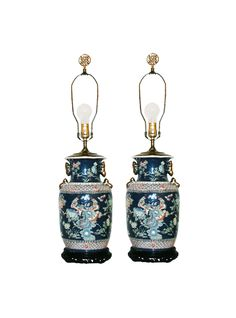 https://www.thehighboy.com/lighting/table-lamp/5423701481-vintage-chinoiserie-porcelain-lamps-pair