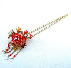 Vintage Japanese kanzashi hairpin with dangles hair accessory