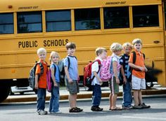 How Your Child Can Stay Safe in and Around the School Bus School Bus Safety, School Bus Driver, Public School, Back To School, Safety Week, Safety Tips, Transportation Unit, Wheels On The Bus, Gentle Parenting