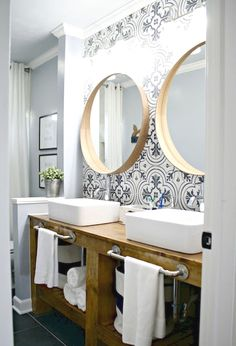 Do you want to transform your bathroom into a rustic country paradise? You don't need to live on a farm to enjoy farmhouse style. Retro and rustic, the farmhouse style takes us to simpler times, where…MoreMore #bathroomremodeling