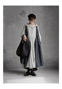 BerryStyle: Joie de Vivre hardware men linen washer embroidery conversion dress - Purchase now to accumulate reedemable points! Mori Fashion, Muslim Fashion, Apron Designs, Mori Girl, Minimal Fashion, Mode Inspiration, Bohemian Style, Silhouette, Street Style