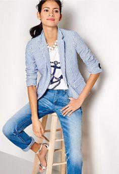 blue seersucker striped blazer and graphic tee Striped Blazer Outfit, Seersucker Blazer, Striped Jacket, Cotton Blazer, Blazer Outfits For Women, Blazers For Women, Jackets For Women, Clothes For Women, Work Outfits