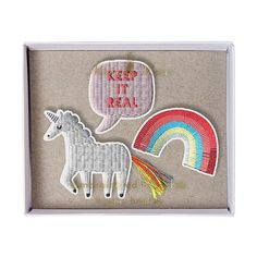You know us we're all about the rainbows and unicorns  Join the club with these badges in this cute Meri Meri set.