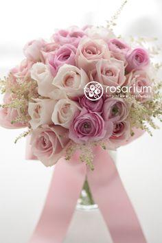 『ピンクのクラッチブーケ 25ansウエディング ドレス2013春夏号』