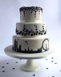 3 Tier London Skyline Wedding Cake This Was For A Lovely Couple Who Were