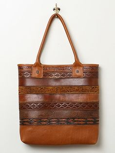 Free People Vintage Belt Tote. I must try one of these!! Anyone have spare belts lying around?!