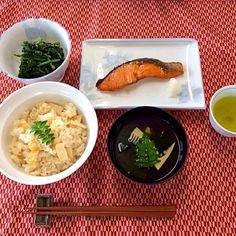 学校の調理実習で♪ - 7件のもぐもぐ - ほうれん草の胡麻和え✳︎たけのこご飯✳︎鮭の照り焼き✳︎わかたけ汁 by tottokoharutaro