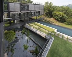 Cantilever House / Design Unit Sdn Bhd, © Lin Ho Photography