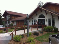 Penn Alps , Grantsville Md.  Country / Comfort food.  Great buffett on weekends.
