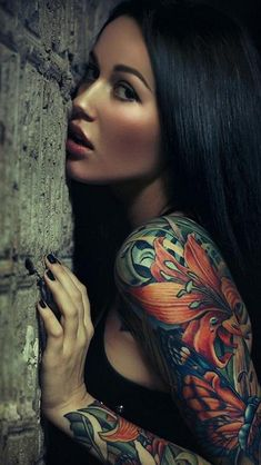 Sexy Sleeve Tattoo Girl iPhone 5 Wallpaper | Photography Prisms