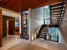 Los Angeles Modern Staircase Design, Pictures, Remodel, Decor and Ideas Dream Home Design, My Dream Home, House Design, Wall Design, Style At Home, Concrete Houses, Concrete Walls, Concrete Forms, Modern Stairs