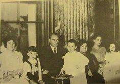 1930'ların Atatürk Türkiye'sini Özleten 200 Fotoğraf   MustafaKemâlim Republic Of Turkey, The Republic, Turkish Army, The Turk, Ulsan, Historical Photos, My Hero, History, Painting