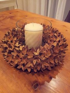 Make Your Home Cozy With These Homemade Fall Decorations . - Make your home cozy with these homemade autumn decorations – 10 magnificent autumn eye-catchers f - Christmas Time, Christmas Wreaths, Christmas Crafts, Christmas Decorations, Christmas Ornaments, Autumn Decorations, Autumn Crafts, Nature Crafts, Deco Nature