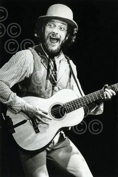 Jethro Tull, Ian Anderson www.briancooke.com