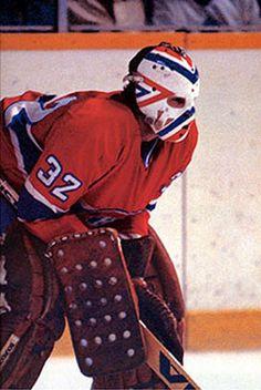 Denis Herron (né le 18 juin 1952 à Chambly au Québec) a été un gardien de but canadien de hockey sur glace professionnel ayant joué pour les Canadiens de Montréal, les Scouts de Kansas City et les Penguins de Pittsburgh dans la Ligue nationale de hockey (LNH).  Denis a remporté le trophée Vézina du meilleur gardien de la ligue en 1981, avec Michel Larocque et Richard Sevigny, et en 1982, il a gagné le trophée William M. Jennings pour la première année où il est remis avec Rick Wamsley.