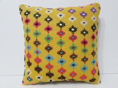 Hey, I found this really awesome Etsy listing at https://www.etsy.com/listing/225036873/knit-pillow-cover-18x18-art-pillow-cover