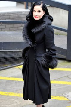 Dita Von Teese: ITV Studios Stop: Photo Dita Von Teese looks pretty and polished as she leaves ITV studios on Monday (November in London, England. The burlesque beauty was spotted arriving… Pin Up, Burlesque, Dita Von Teese Style, Dita Von Tease, Fur Trim Coat, Wool Coat, Idda Van Munster, Mode Vintage, Vintage Fur