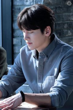 Ji Chang Wook in the _Melt Me Softly_ 2019 as Ma Dong Chan Ji Chang Wook Abs, Ji Chang Wook Smile, Ji Chang Wook Healer, Ji Chan Wook, Lee Dong Wook, Ji Chang Wook Photoshoot, Korean Drama Stars, Handsome Korean Actors, Suspicious Partner