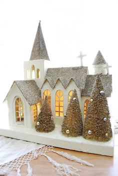 White and silver Putz church. Noel Christmas, Christmas Paper, Christmas Wishes, White Christmas, Vintage Christmas, Christmas Ornaments, Christmas Glitter, Christmas Village Houses, Putz Houses