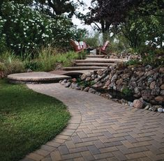 With its simple shape and utilitarian appeal, Holland Stone pavers are a paving stone for a variety of residential and commercial installations. Belgard Pavers, Paving Stones, Color Blending, Simple Shapes, Flower Beds, Curb Appeal, Holland, Sidewalk, Backyard