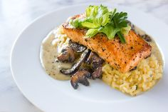 Herbed Mushroom Risotto Recipe with Roasted Salmon and Rosemary Beurre Blanc - Healthy Fish Food İdeas Baked Salmon Recipes, Fish Recipes, Seafood Recipes, Cookbook Recipes, Cooking Recipes, Healthy Recipes, Chefs, Salmon Risotto, Mushroom Risotto
