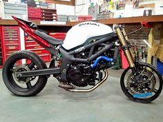 build up, starting from near scratch. - Page 4 - Custom Fighters - Custom Streetfighter Motorcycle Forum Suzuki Sv 650, Street Fighter Motorcycle, Bike Ideas, Custom Bikes, Motorbikes, Yamaha, Honda, Motorcycles, Building