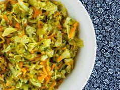 Pitadinha: Salada queridinha | repolho, cenoura e couve (ou espinafre)