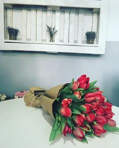 Special delivery for a princess ❤️👸 E Greetings, Special Delivery, Happy Anniversary, Princess, Instagram Posts, Flowers, Gifts, Happy Brithday, Presents