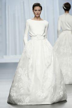 Ideas For Dress Wedding Long Sleeve Rosa Clara Classy Wedding Dress, Bridal Wedding Dresses, Bridal Style, Wedding Bride, Ball Dresses, Ball Gowns, Bridal Fashion Week, Bridal Looks, Beautiful Bride