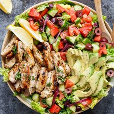 🍋Lemon Herb Mediterranean Chicken Salad🥗 Rate This Salad 🔥 Tag someone who loves healthy food! 👇🏽 By Marinade/Dressing: 2 tablespoons olive oil juice of 1 lemon (¼ cup fresh squeezed lemon juice) 2 tablespoons water 2 tablespoons. Mediterranean Chicken Salad Recipe, Mediterranean Diet Recipes, Chicken Salad Recipes, Grilled Chicken Salad, Recipe Chicken, Greek Chicken Salad, Mediterranean Dishes, Healthy Salads, Healthy Eating