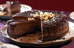 A simple Chocolate cheesecake with almond brittle recipe for you to cook a great meal for family or friends. Buy the ingredients for our Chocolate cheesecake with almond brittle recipe from Tesco today. Raspberry Cheesecake Bars, Chocolate Cheesecake, Chocolate Cookies, Chocolate Desserts, Cheesecake Recipes, Melting Chocolate, Almond Brittle, Tesco Real Food, Buttery Biscuits