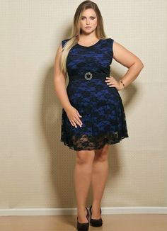 Vestido de renda Plus size