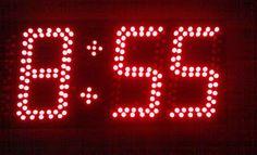 12/24Hr Digital Clock Using 16F84A By Scorpionz - http://scopionz.blogspot.com