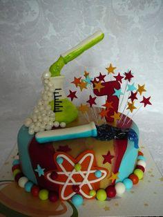 Super gâteau anniversaire science - Déco scientifique enfant