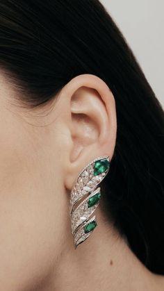 Gold Rings Jewelry, Anklet Jewelry, Star Jewelry, Emerald Jewelry, Diamond Jewelry, Piercings, Antique Earrings, Luxury Jewelry, Beautiful Earrings