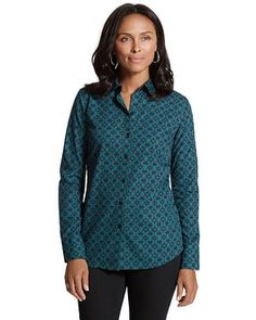 The long-sleeve button-up shirt in no-iron cotton is patterned in a geometric diamond print.