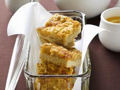 Zitronen-Blechkuchen - smarter - Zeit: 50 Min. | eatsmarter.de #eatsmarter #rezept #rezepte #blechkuchen #kuchen #suesses #nachtisch #dessert #obst #backen #fruechte #kuchenbacken #cake #bake #smarterbacken #zitronenkuchen #zitrone