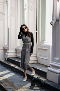 Cute way to wear a warm weather jumpsuit in the fall | Obsessions Now