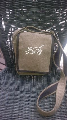 Textile bag for sporty girls with a sniffer dog