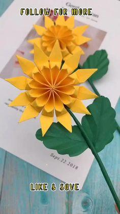 Paper Crafts Origami, Paper Crafts For Kids, Diy Arts And Crafts, Diy For Kids, Paper Flowers Diy, Flower Crafts, Origami Flowers, Origami Leaves, Diy Crafts Hacks