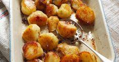 Bratkartoffeln aus dem Ofen ist ein Rezept mit frischen Zutaten aus der Kategorie Wurzelgemüse. Probieren Sie dieses und weitere Rezepte von EAT SMARTER!