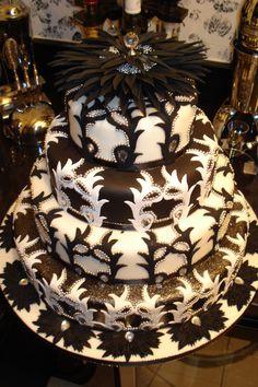 what a pretty wedding cake! Amazing Wedding Cakes, Amazing Cakes, White Cakes, Just Cakes, Gorgeous Cakes, Pretty Cakes, Occasion Cakes, Fancy Cakes, Love Cake