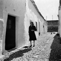 Algarve, Portuguese Tiles, Cultural Events, Historical Sites, Lisbon, Old Photos, Art Inspo, Travel Inspiration, 1