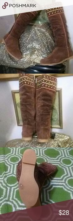 Boutique 9 by Nordstrom Btkinna Boots Gorgeous Boutique 9 by Nordstrom Brand Btkinna Hickory Brown Knee-High Suede Boots with Studs and Stitching Accents in Orange, Beige, and Fuschia at Tops and Orange at Sides. Side Zippers. Gently worn. This price is a great bargain and is FIRM. No Box. Boutique 9 Shoes
